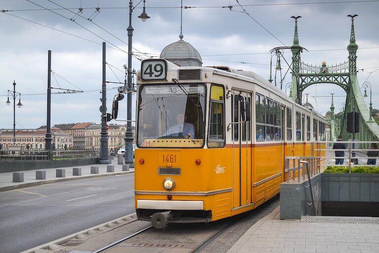 Staedtereise Budapest Öffentliche Verkehrsmittel Tram