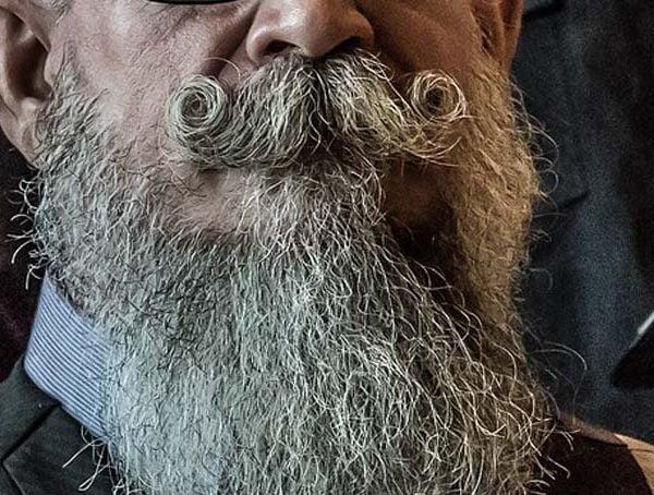 Quarantäne Bart – Der neue Haar Trend