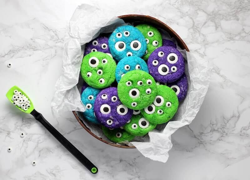 halloween Alien Kekse Cookies mit Augen