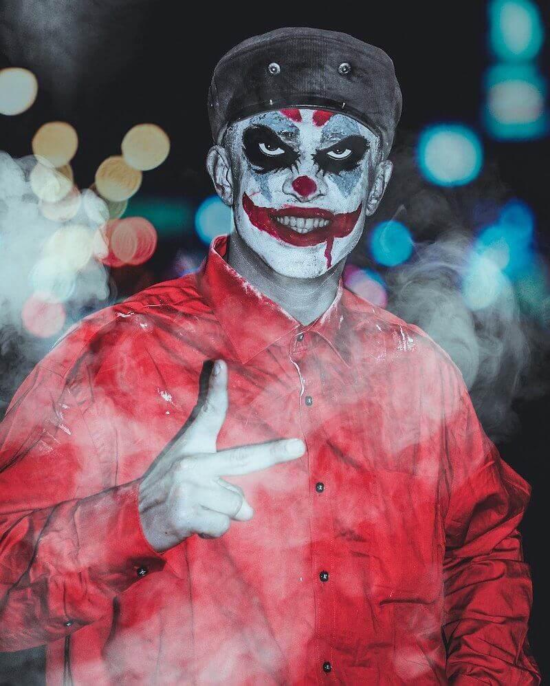 Joker halloween make-up Clown