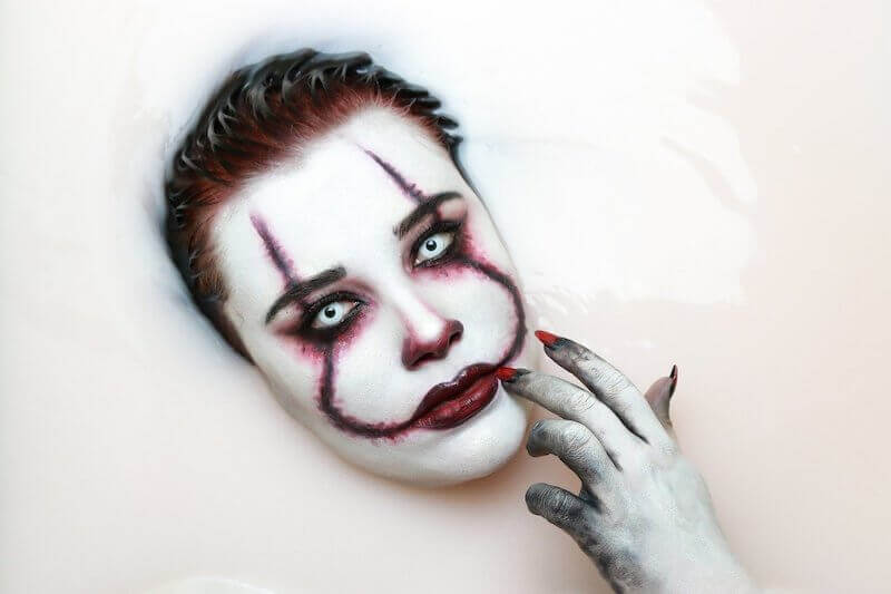 pennywise stephen king halloween make-up
