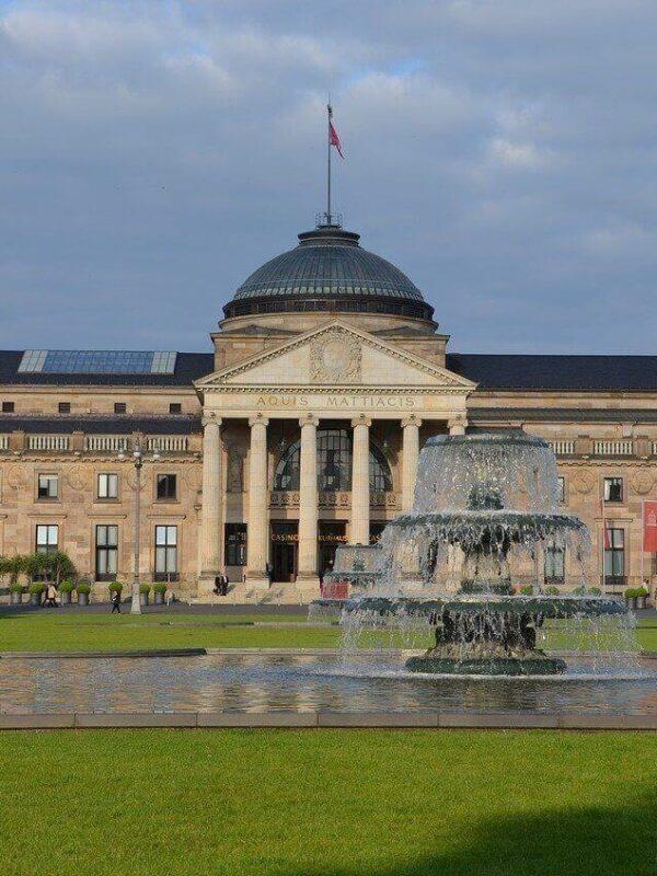 Sehenswürdigkeiten in Wiesbaden  die hessische Landeshauptstadt als Reiseziel