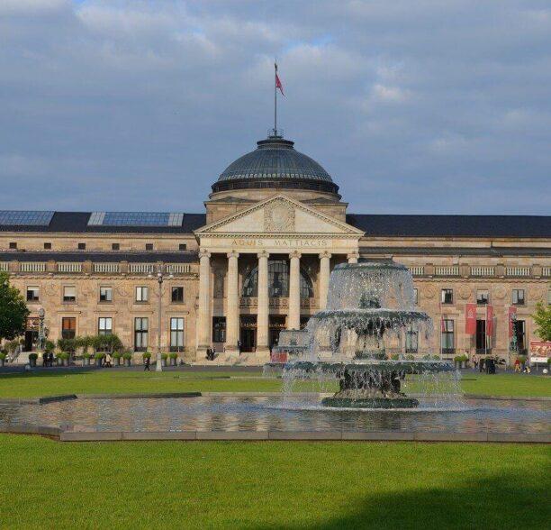 Sehenswürdigkeiten in Wiesbaden kurhaus
